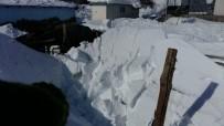 Kar,Odunluğu Çökertti