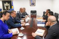 Kosova Başbakanı Haradinaj'dan Önerilen Zamma Sendikalardan Ret