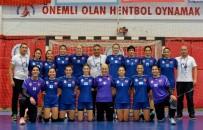 PAZAR GÜNÜ - Muratpaşa Belediyespor Çeyrek Finalde