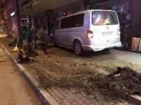 (Özel) Trafik Polisine Vurmaya Çalışan Alkollü Sürücüyü Vatandaşlar Linç Etmek İstedi