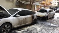 Park Halindeki Otomobiller Ateşe Verildi