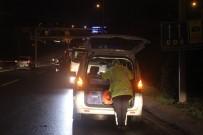 POLİS - Üsküdar'da Otomobil Bariyerlere Çarptı; 1 Yaralı