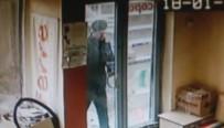 Acemi Hırsız İş Yeri Sahibine Yakalandı