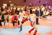 MEHMET SEKMEN - Büyükşehir'in Milli Sporcuları Kick Boks'ta Tarih Yazdı