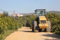 Erdemli'de Yol Yenileme Çalışmaları Sürüyor