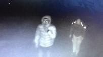 OLAY YERİ İNCELEME - Kar Topu Savaşı Yaparak 28 Bin Liralık Bilezikleri Çalan Hırsızlardan Biri Yakalandı
