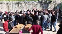 Mescid-İ Aksa Korumalarının Uzaklaştırılması Protesto Edildi