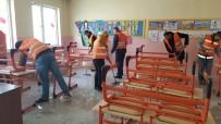 Okullar Mahkumlar Tarafından Boyandı