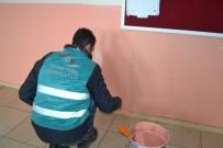 İLÇE MİLLİ EĞİTİM MÜDÜRÜ - Salihli'de Okullar Yükümlülerle Güzelleşiyor