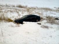 Sorgun'da Otomobil Şarampole Uçtu Açıklaması 3 Yaralı