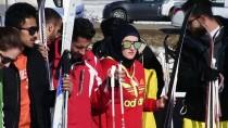 ÜNİVERSİTE ÖĞRENCİSİ - Süleymaniye'de Kar Festivali Düzenlendi