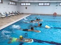 Elmalı Kapalı Yüzme Havuzu, 2 Bin Vatandaşı Ağırladı