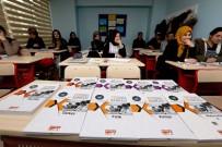 İLÇE MİLLİ EĞİTİM MÜDÜRÜ - İpekyolu Belediyesinden 800 Kursiyere 10 Bin Kaynak Kitap