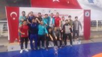 BRONZ MADALYA - Türkiye Güreş Şampiyonası'nda Bartın Üniversitesi'ne 18 Madalya