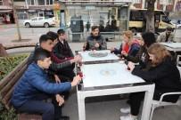 KÖPEK - Üniversite Öğrencilerinden Sokak Hayvanları İçin Anlamlı Hareket