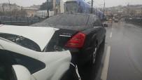 (Özel) Galata Köprüsü'nde Trafik Kazası Açıklaması 1 Yaralı