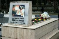 SAKARYA VALİSİ - Şehit Emniyet Müdürü Ali Gaffar Okkan Mezarı Başında Anıldı