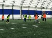 KıLıÇARSLAN - Yarıyıl Tatilinde 'Spor Kursları' Yoğun İlgi Görüyor