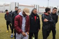 Lisansı Çıkmayan Oyuncular Eskişehirspor'dan Ayrıldı