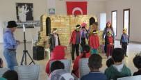 Yarıyıl Tatilindeki Minikler Foça'daki Şenlikte Eğlendi