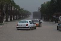 MURAT KAYA - Antalya'da Şiddetli Yağış Ve Fırtına