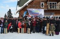 TOPRAK MAHSULLERI OFISI - Artvin Atabarı Geleneksel 1. Kızak Yarışları Yapıldı