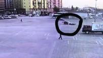 MOBESE - Drift Atarken Kaza Yaptı, Trafik Polisi Affetmedi