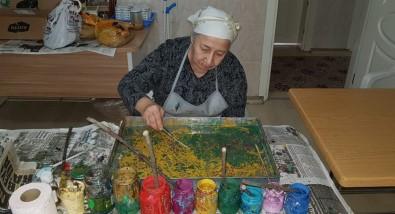 86 Yaşında Ebru Yapmayı Öğrendi