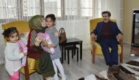 Vali Güzeloğlu Ve Eşi Şehit Ailesini Ziyaret Etti