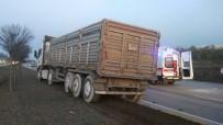 KAMYON ŞOFÖRÜ - Ankara-Çankırı Karayolunda Trafik Kazası Açıklaması 1 Ölü, 4 Yaralı