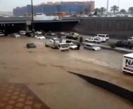 MESCİD-İ NEBEVİ - Medine Sular Altında Kaldı