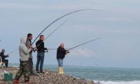 ULUPıNAR - Amatör Balıkçılar Krizi Fırsata Çevirdi