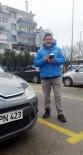 KARAOĞLAN - Otoparkçıdan 'İnsanlık Ölmemiş' Dedirten Hareket