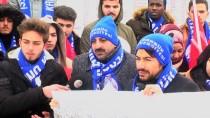 ALLAHUEKBER DAĞLARI - Üniversitelilerden Sarıkamış Şehitlik Anıtı'na Ziyaret