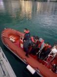 MURAT KAYA - Denizde Mahsur Kalan Balıkçıları Sahil Güvenlik Kurtardı