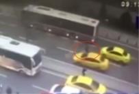 HAMIDIYE - Taksi çarptı metrelerce havaya uçtu