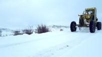 CEMAL GÜRSEL - Malatya'da Kar 346 Mahalle Yolunu Ulaşıma Kapadı