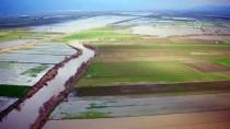 '25 Bin Dekar Tarım Arazisi Su Altına Kaldı'
