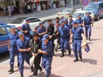 SAVAŞÇı - DEAŞ'ın İnfazcı Olduğu İddia Edilen Sanıktan Kesik Başlı Fotoğrafına İlginç Savunma