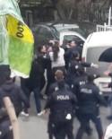ARBEDE - (Özel) Mahalle Kavgasında Ortalık Karıştı, Polis Biber Gazıyla Müdahale Etti