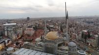 ERMENI - Taksim Camii'nin Minaresinin Külahı Yerleştirildi