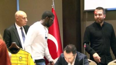 Evkur Yeni Malatyaspor Aboubakar Kamara İle Sözleşme İmzaladı