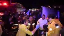 GÜNCELLEME - Adana'da Asker Uğurlamasına Gidenleri Taşıyan Midibüs Devrildi Açıklaması 3 Ölü, 20 Yaralı
