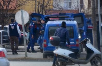 Kastamonu'da Uyuşturucu Operasyonunda 5 Gözaltı