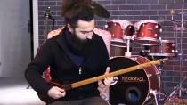 Ülke Ülke Gezerek Farklı Müzik Kültürlerini Tanıyor