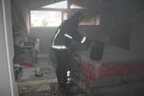 İTFAİYE ARACI - Alanya'da 4 Katlı Binada Yangın Paniği