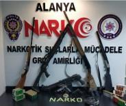 ALAADDIN KEYKUBAT - Alanya'da Uyuşturucu Tacirinin Evi Silah Deposu Çıktı