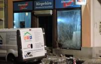 CHEMNITZ - Almanya'da Afd Bürosuna Saldırı