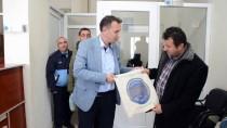 Belediye Poşet Kullanımını Önlemek İçin 8 Bin Bez Çanta Yaptırdı