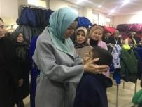 BEYKOZ BELEDİYESİ - Beykoz'da İhtiyaç Sahibi 400 Çocuğa Kışlık Giyim Yardımı Yapıldı